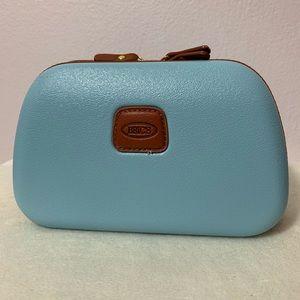 Bric's blue pastel hard shell travel case